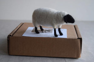 Maker Magpie Felt Kit - Sheep