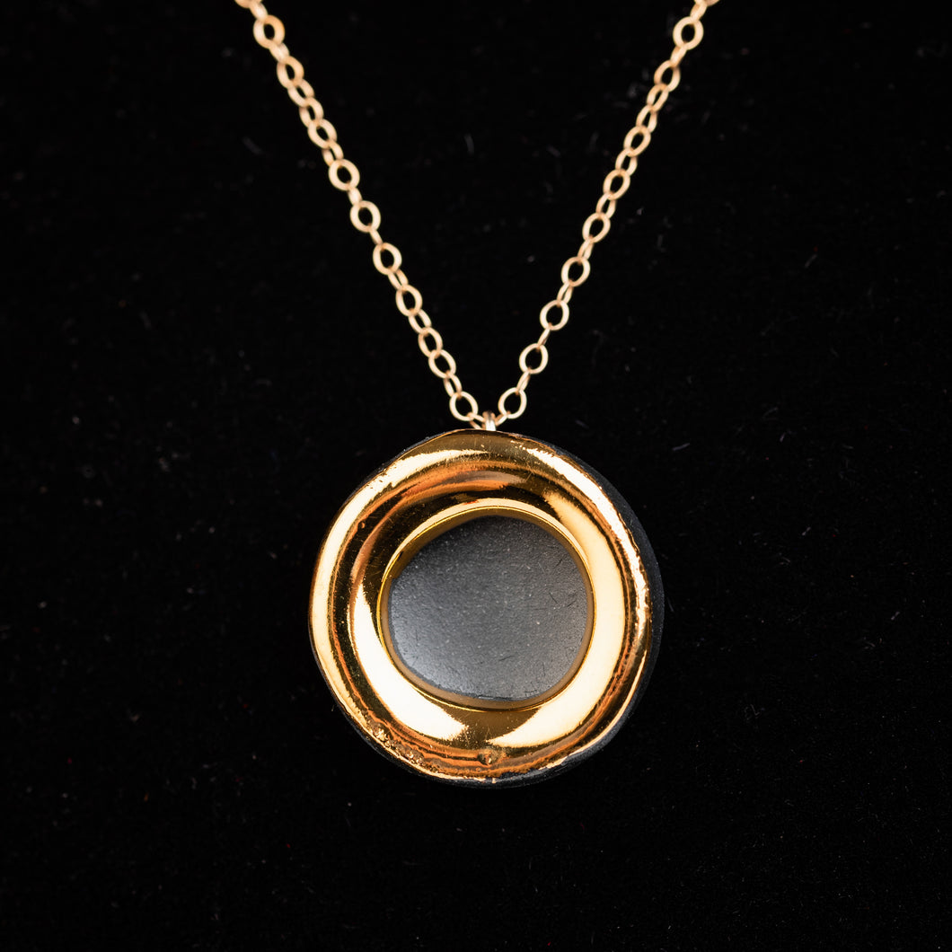 Halo necklace, matt black