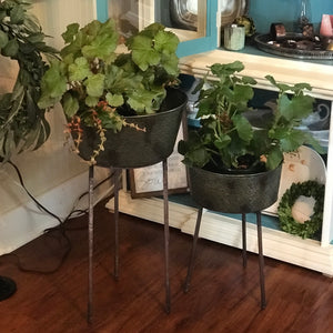 Metal Tripod Planter