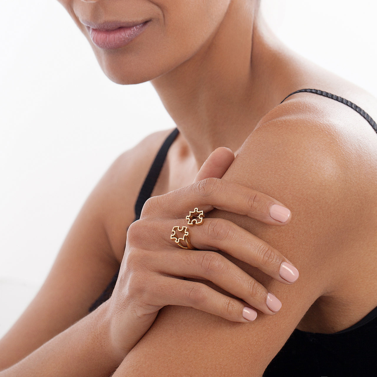 Double Puzzle Ring on Model