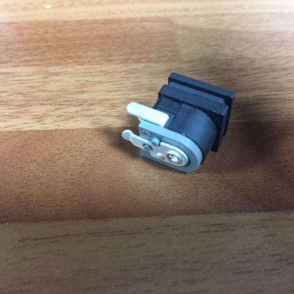 V814980R / V9613600 power socket Yamaha PA300/PA301