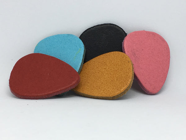 LG Leather Plectrum - Assorted Colours