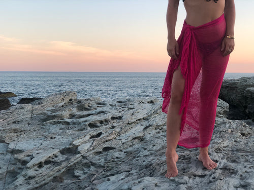 PINK OPEN STITCH SARONG WRAP