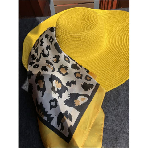 Animal attraction Gift Set (Yellow) - hat and scarf
