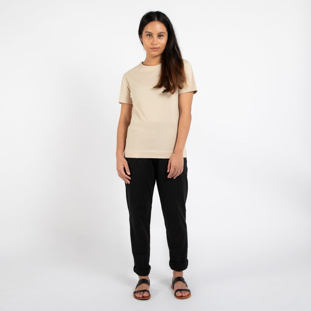 Dorsu | Ethical Cotton Basics | Classic T-shirt | Sand