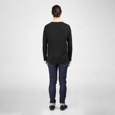 Dorsu | Ethical Cotton Basics | Long Sleeved Pocket T-Shirt | Black