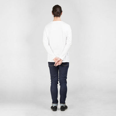 Dorsu | Ethical Cotton Basics | Long Sleeve Pocket T-Shirt | White