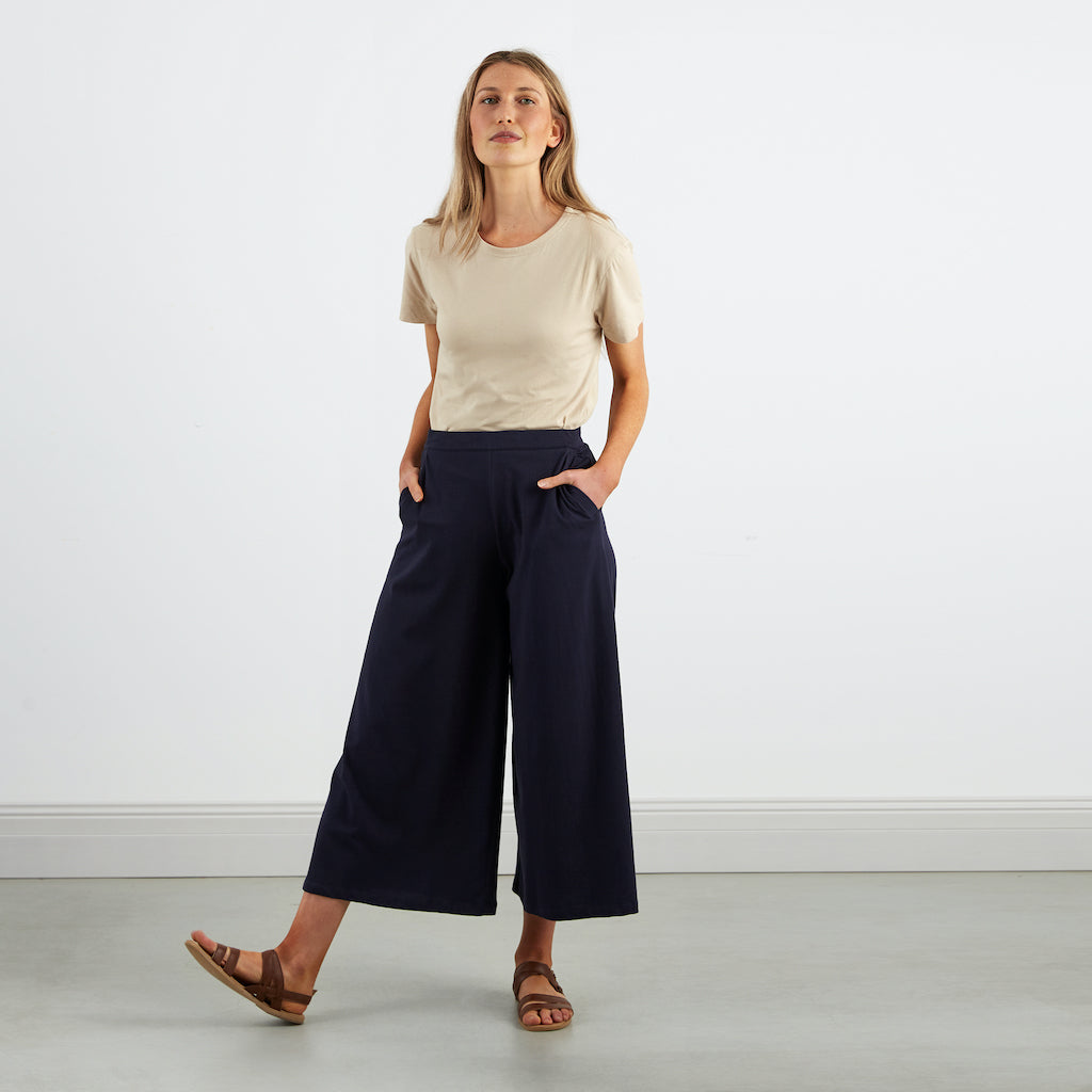 Dorsu | Ethical Cotton Basics | Culottes | Navy