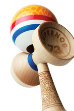 Alex Ruisch Legend Boost Kendama crossken burn