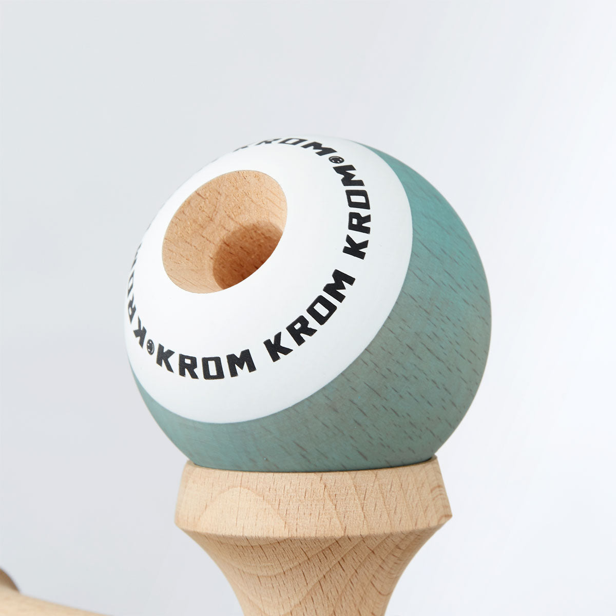 Limited Edition KROM POP Pistachio Tama