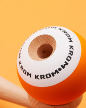 Krom POP - Orange Detail