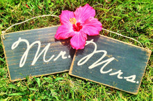 Load image into Gallery viewer, 8x6 Mr. & Mrs. Wood Sign (Set of 2)
