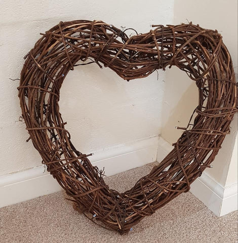LED Wicker Woven Heart