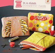 In a Clutch Cosmetic Case   Straight Stitch Society   SS009IC1