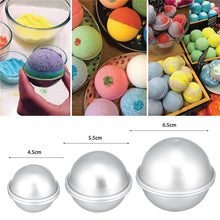 Load image into Gallery viewer, DIY Bath Bomb Molds Offer