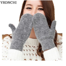 Load image into Gallery viewer, Winter Gloves Rabbit Fur Offer