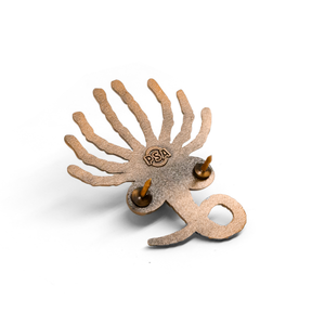 Facehugger molded pin