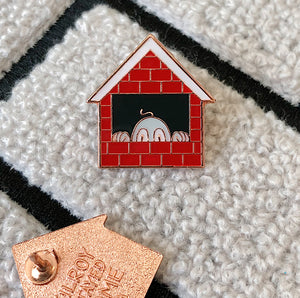 Kilroy Stayed Home enamel pin