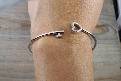 14k White Gold Diamond Heart Key Open Bangle Cuff Bracelet Love