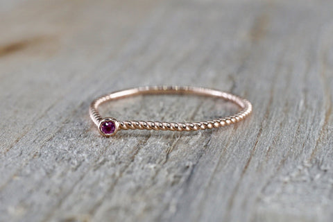 14k Rose Gold Round Cut Pink Sapphire Bezel Fashion Ring Rope Design Band