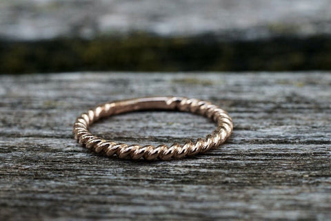 14kt Solid Rose Gold 2mm Twined Rope Twist Ring Band