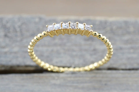 18 Karat Yellow Gold Dainty Princess Cut Diamond Bead Band Wedding Anniversary Love Ring Band Vintage Thin Bead