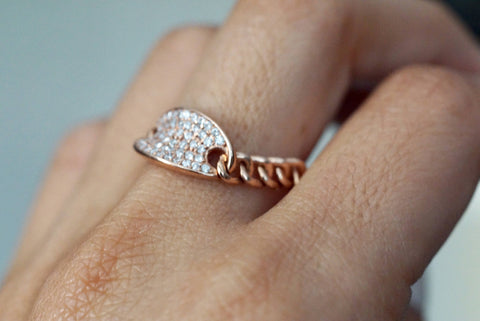 Oval Pave Diamond Chain Link Ring