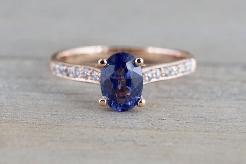 18 Karat Rose Gold Diamond Oval Tanzanite Engagement Ring Anniversary Promise Wedding Band
