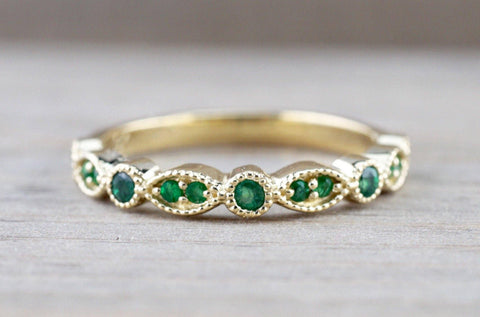 14kt Solid Yellow Gold Emerald Milgrain Etched Vintage Art Deco Band Ring Wedding Engagement