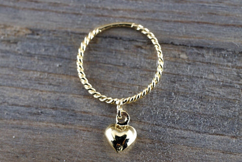 14k Yellow Gold Twine Rope With A Dangling Heart Charm Band Promise Anniversary Fashion Pinky Ring