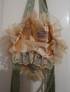 Kittens In A Basket Ruffle Bag ~ AW20 Drop