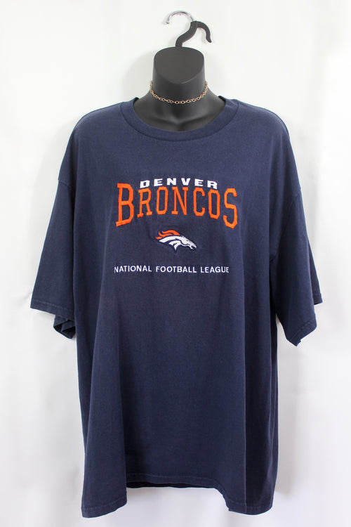 VINTAGE DENVER BRONCOS EMBROIDERED TEE (XL)