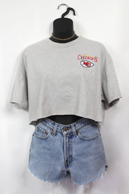 VINTAGE KANSAS CITY CHIEFS EMBROIDERED CROP TEE (L)