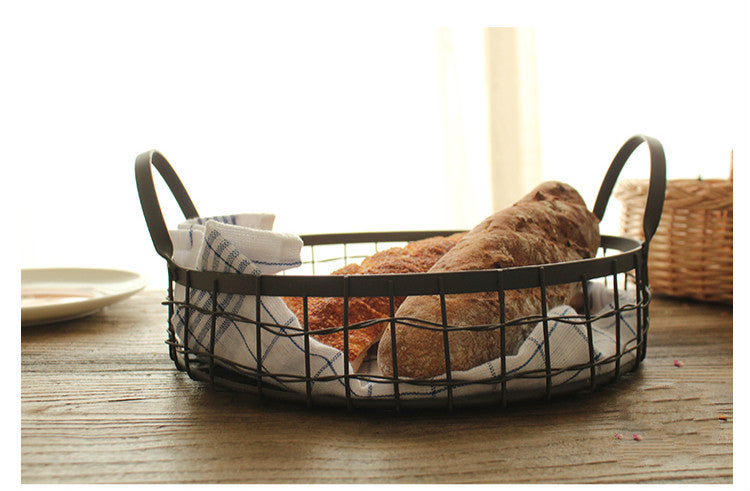 Round Hollow Iron Wire Storage Basket With Check Cotton Towel