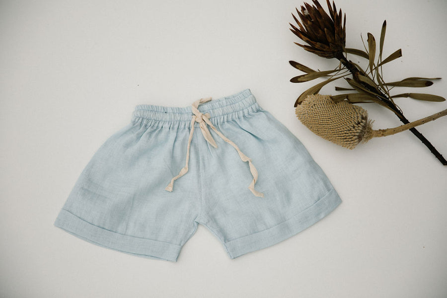 OSCAR SHORT - POWDER BLUE