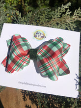Scalloped Plaid Bow