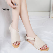 New fashion women's comfortable flat flat hollow-out versatile fish-tip sandals Green
