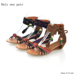 New style fashion sandals with heels wrapped around the heels of women's shoes