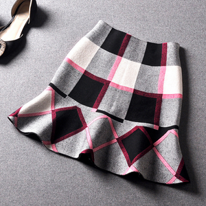 Women fall and winter new hit color plaid fishtail skirt