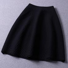 Autumn and winter new wild slim thin embossed skirts