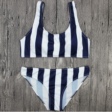 New Vertical Black and White Printed Bikini Vest Splits Swimsuit Swimsuit