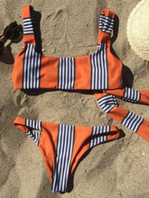Fashion hot selling striped prints with a swimsuit sexy two-piece bikini