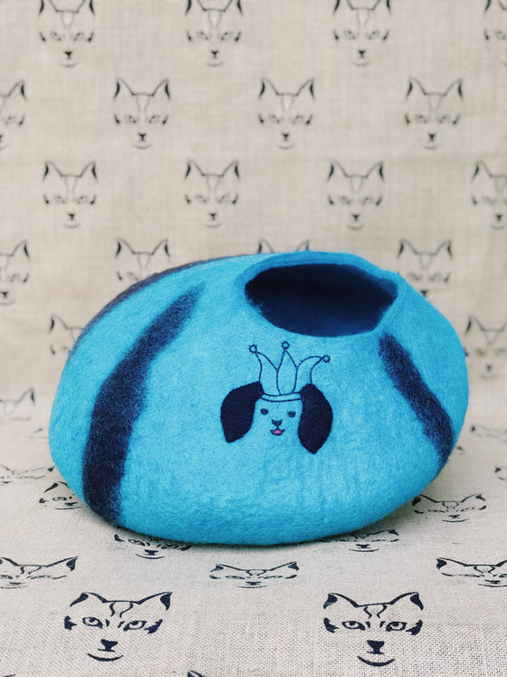 Blue Custom New Zealand Wool Felt Cat Yurts
