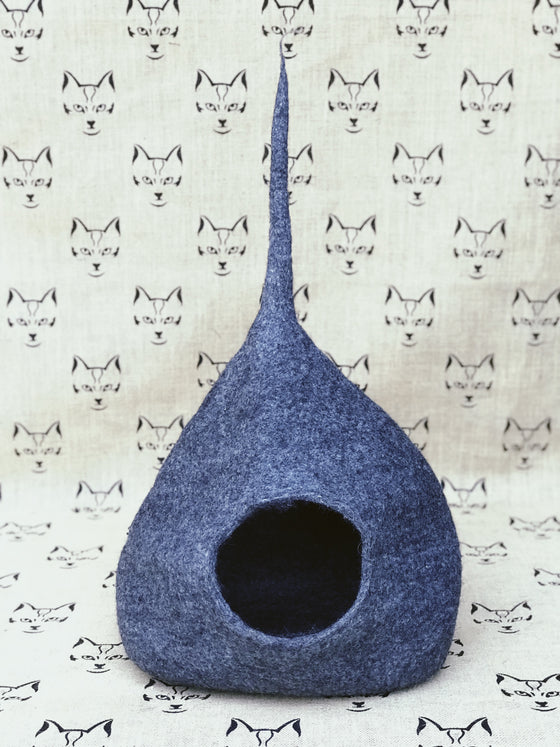 Small New Zealand Wool Felt Cat Cave