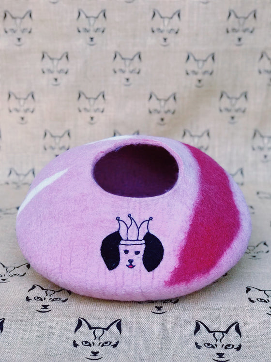 Pink Custom New Zealand Wool Felt Cat Yurts