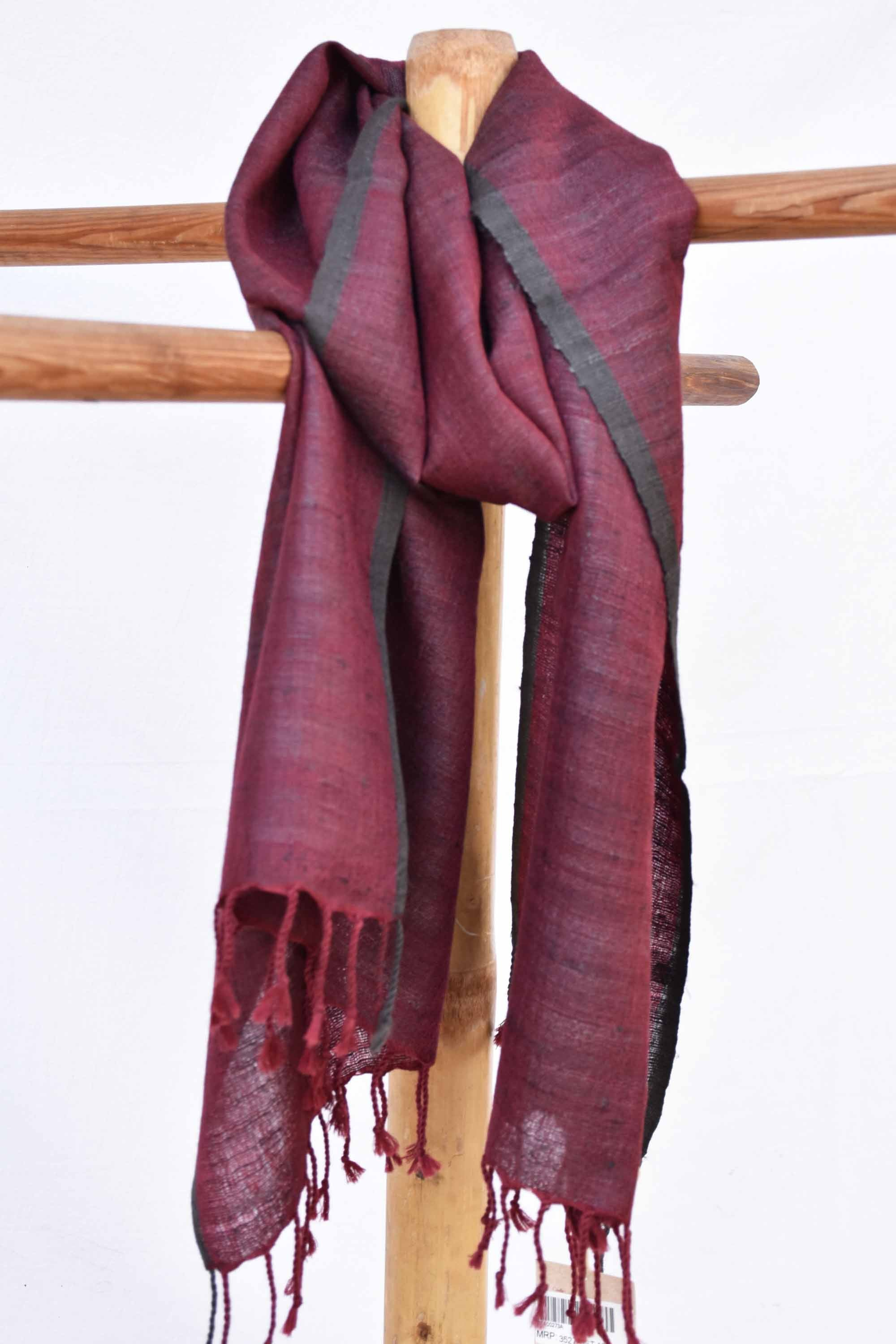Maroon stole with black borders ST000273A