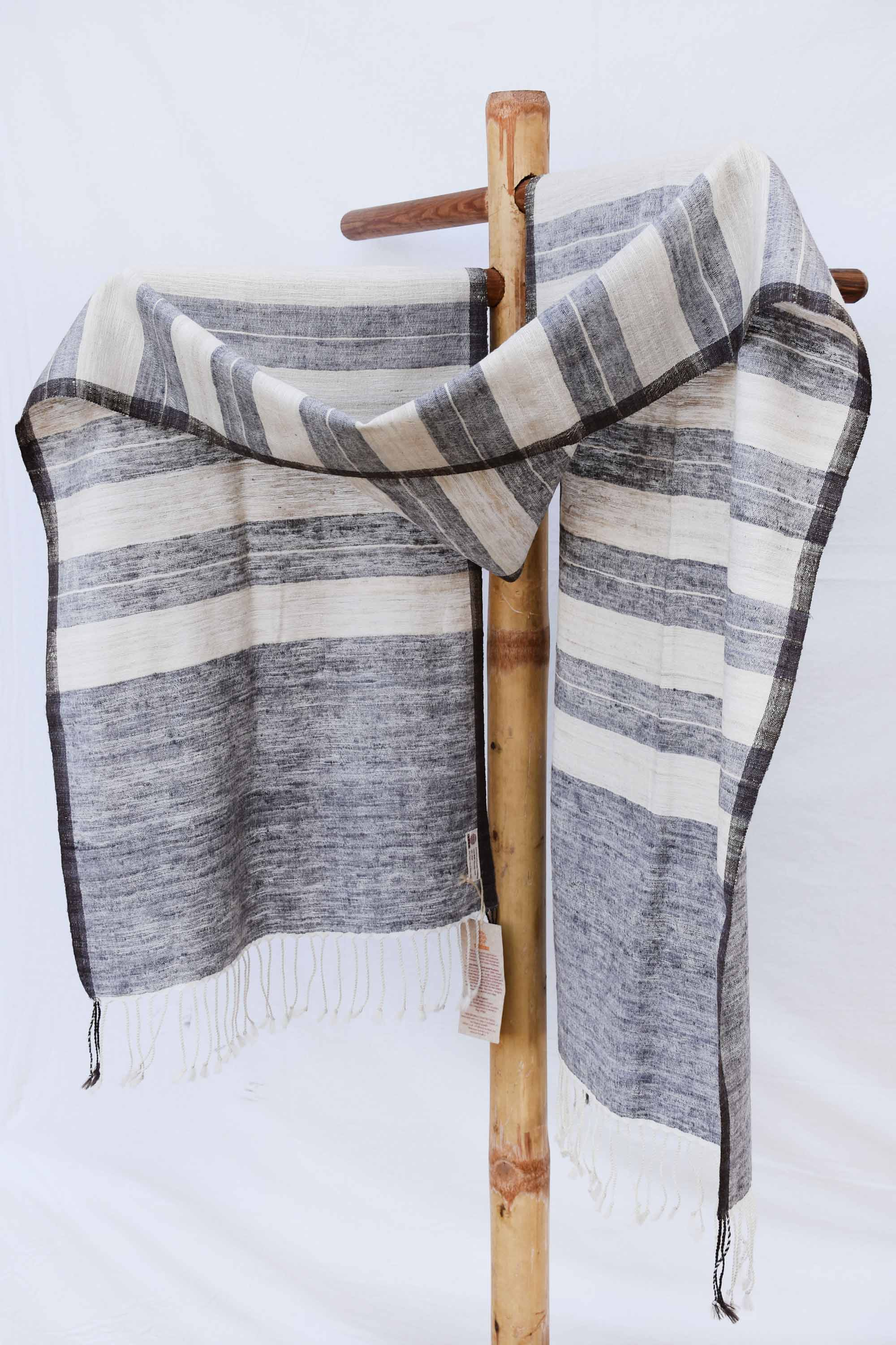 Grey and white striped stole ST001706B