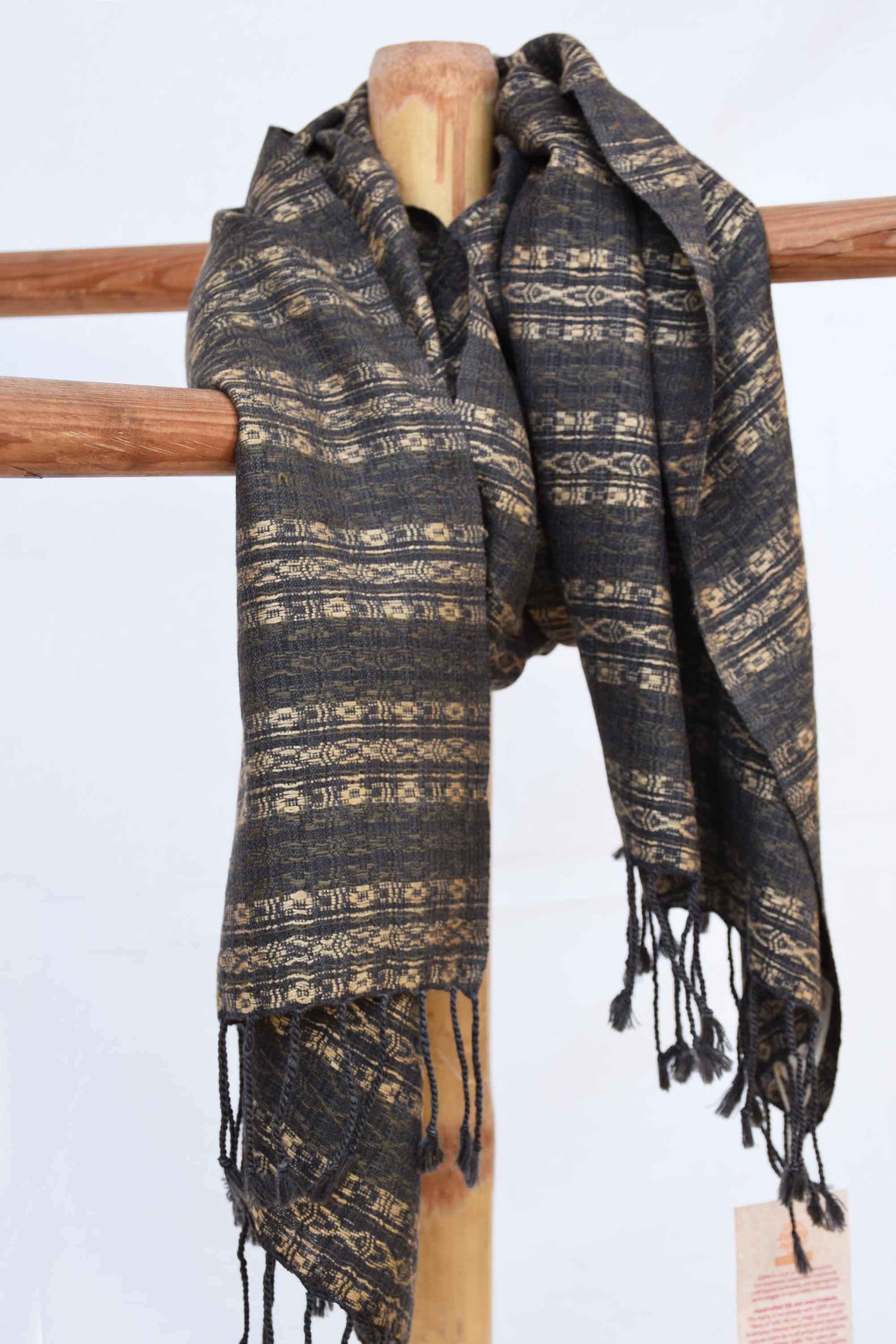 Black stole with Almora pattern in raw tussar silk ST003513A