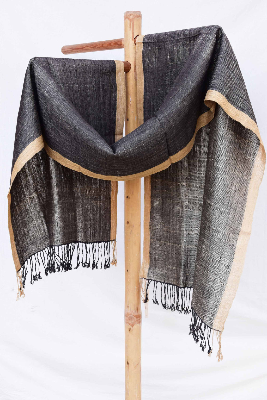 Black Stole with Gold border ST004008A