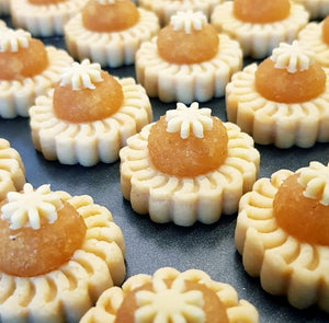 PINEAPPLE TARTS (Min order applies)
